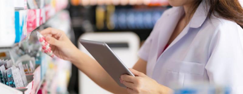 O Farmacêutico na dispensação de medicamentos por prescrição eletrônica