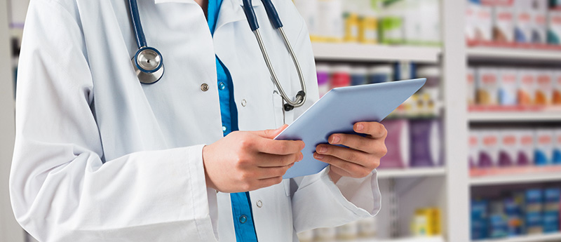Distribuidoras de medicamentos devem assegurar a assistência de farmacêutico